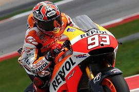 Marquez dominant, Lorenzo jumps the...