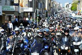 Angry French bikers take to streets