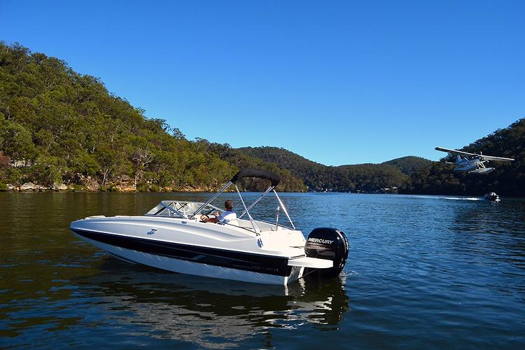 2014 Bayliner 190 Deck Boat & 185 Flight