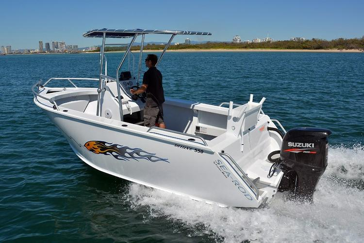 Sea Rod 550 Deluxe Centre Console