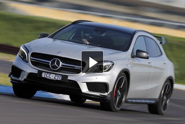 Mercedes-Benz GLA 45 AMG 2014: Video...