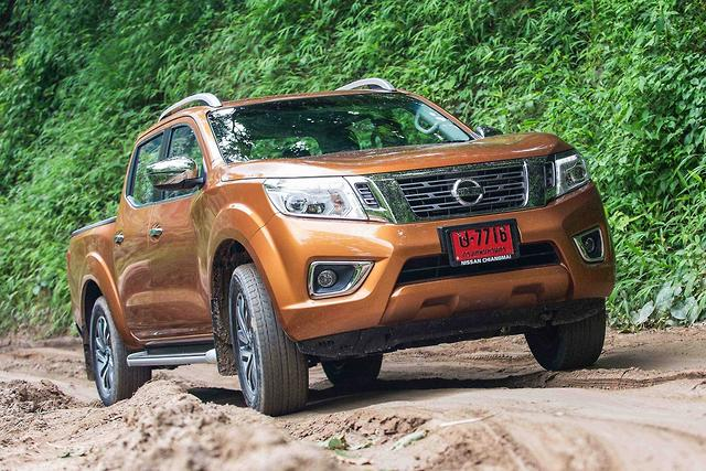 Nissan Navara 2015 Review