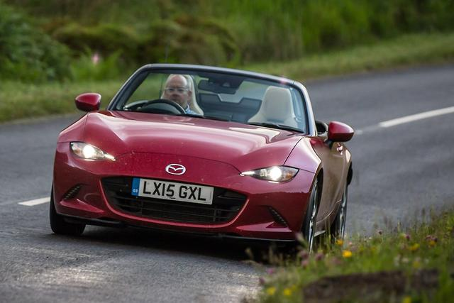 Mazda MX-5 2015 Review