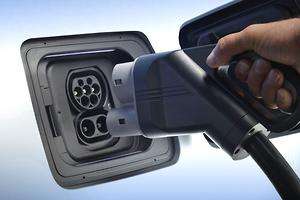 EVs to slash CO2 and running costs