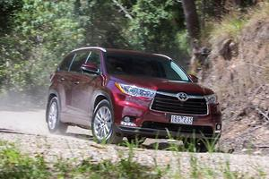 Toyota Kluger 2014 Review