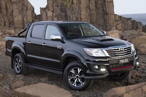 Toyota HiLux goes Black