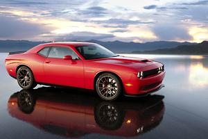 Dodge Challenger SRT Hellcat tops 700hp