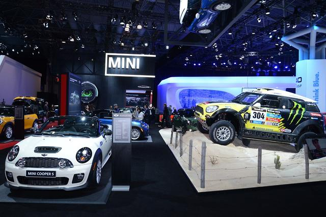 NEW YORK MOTOR SHOW: 2014 photo gallery